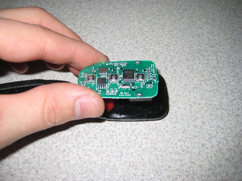 Hyundai Sonata Key Fob Battery Replacement Guide 007