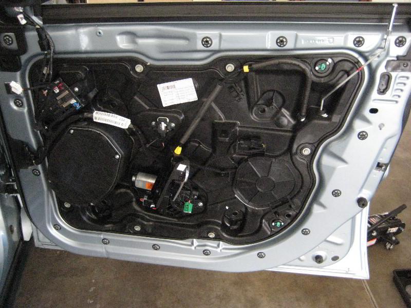 Service Manual Removing Inner Door Panel On A 1994 Jeep Grand Cherokee Removing Inner Door