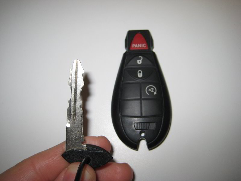 Jeep Key Fob Battery >> Jeep Grand Cherokee Key Fob Battery Replacement Guide 004