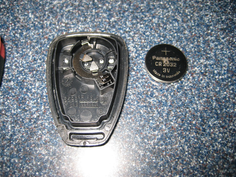 Jeep Key Fob Battery >> Jeep Liberty Key Fob Battery Replacement Guide 007