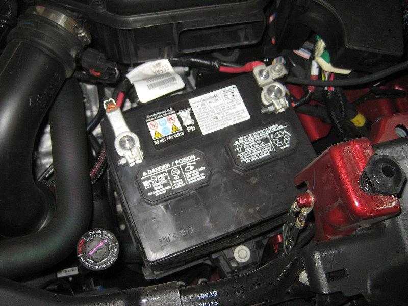 service manual  2007 jeep grand cherokee battery