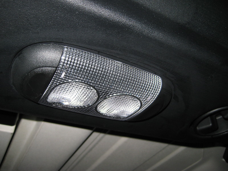 Jeep Wrangler Dome Light Bulbs Replacement Guide 014