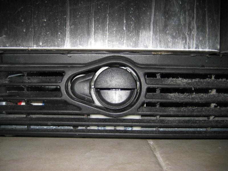 RefrigeratorPURWaterFilterReplacementGuide006