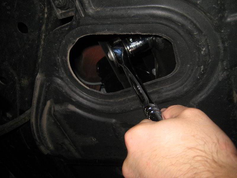 Kia Optima Theta Ii Gdi I4 Engine Oil Change Guide 012