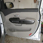 2015-2018 Kia Sedona Plastic Interior Door Panel Removal Guide