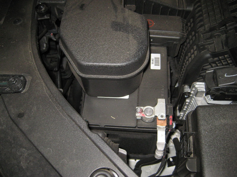 608370 Official 04 06 Lancer Ralliart Engine Bay Picture Thread together with Kia Forte 12 Volt Car Battery Replacement Guide 024 moreover In A Battery To Trunk Relocation Mustang in addition Engine Fuse Box Power Latch Relay Fault further Ford E250 Engine  partment Fuse Box Diagram. on kia engine bay