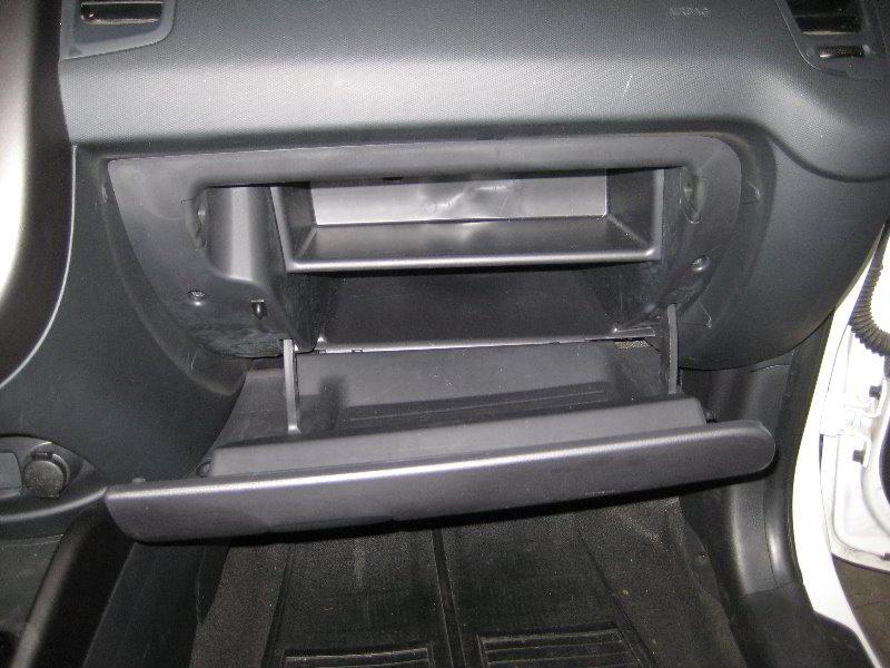 kia soul hvac cabin air filter replacement guide 002