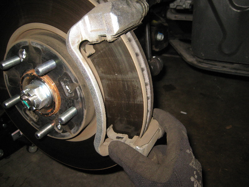 Change Front Break Pads On A 2011 Kia Forte Change The