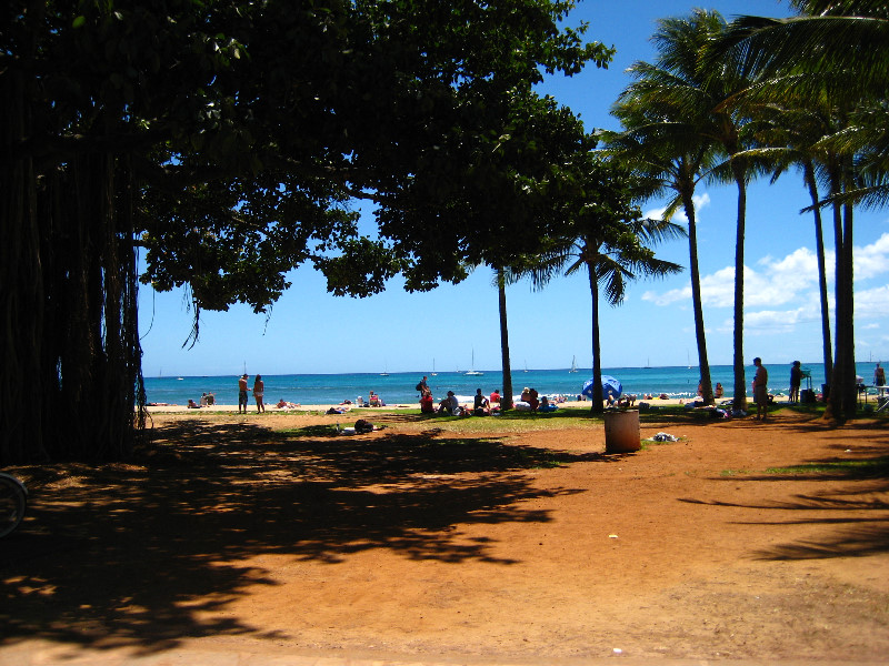 Kuhio Beach Park Waikiki Beach Honolulu Oahu Hawaii 011