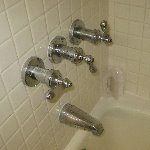 Leaking Shower & Tub Faucet Valve Stem Replacement Guide
