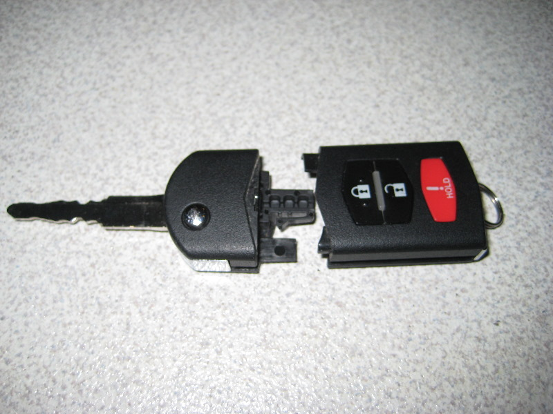 2007 mazda cx 9 key fob battery
