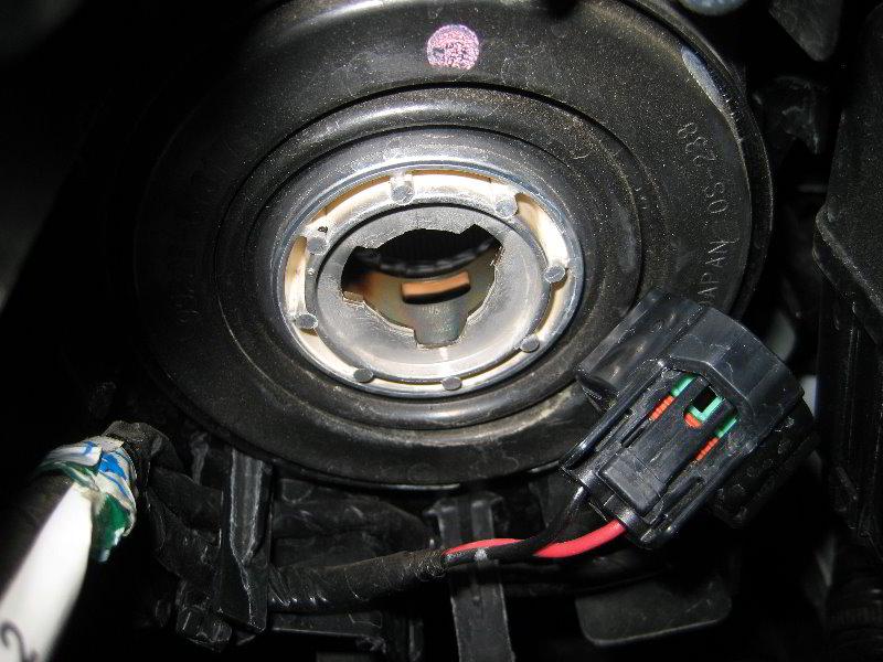 Mazda Mazda3 Headlight Bulbs Replacement Guide 008