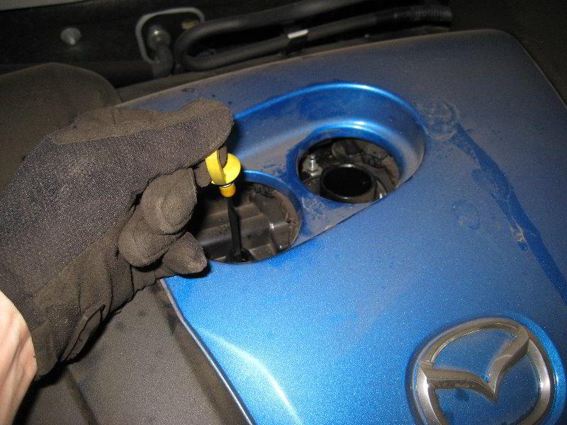Mazda Mazda3 Skyactiv G 2l I4 Engine Oil Change Guide 004
