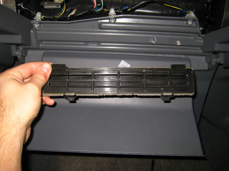 Replacement Cabin Air Filter Auto Design Tech