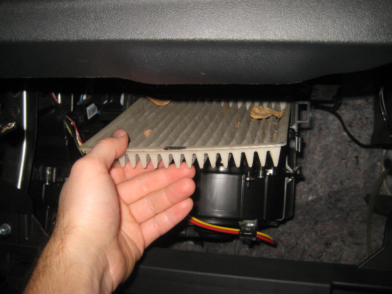 Mitsubishi Mirage Cabin Air Filter Replacement Guide