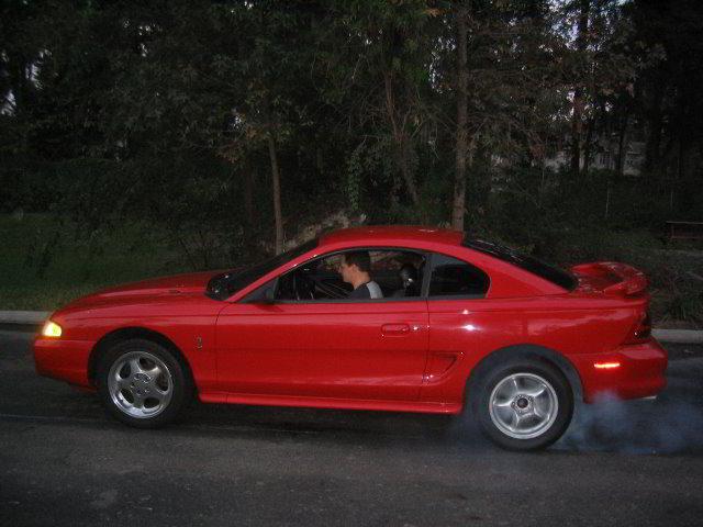 Ford Mustang Cobra Line Lock Burnout 01