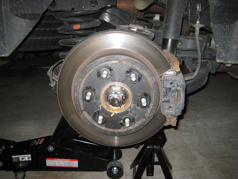 Service Manual  2004 Nissan Pathfinder Armada Rear Break Replacement Procedure