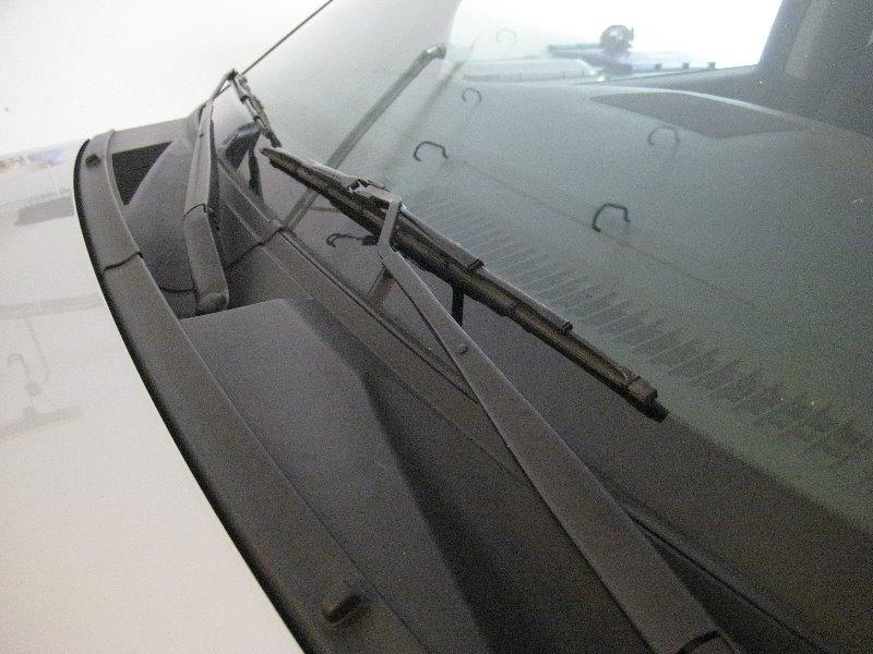Nissan armada rear window hinges for Nissan versa window motor replacement