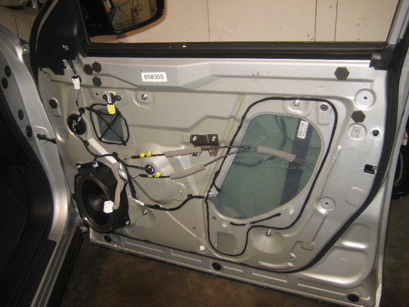 Nissan Versa S >> 2013-2016-Nissan-Pathfinder-Interior-Door-Panel-Removal-Guide-027