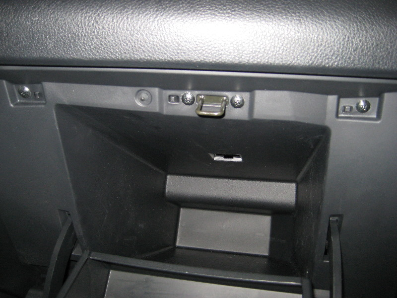 2003 nissan frontier cabin air filter location. Black Bedroom Furniture Sets. Home Design Ideas