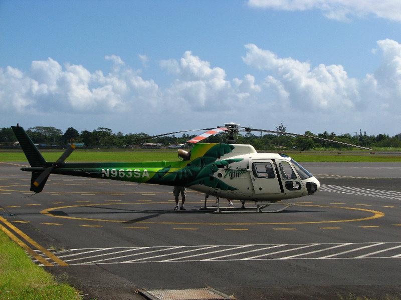 SafariHelicopterToursVolcanicLavaWaterfallsHiloBigIslandHawaii001