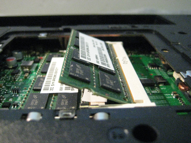 Toshiba Satellite A505 Hard Drive Ram Upgrade Guide 036