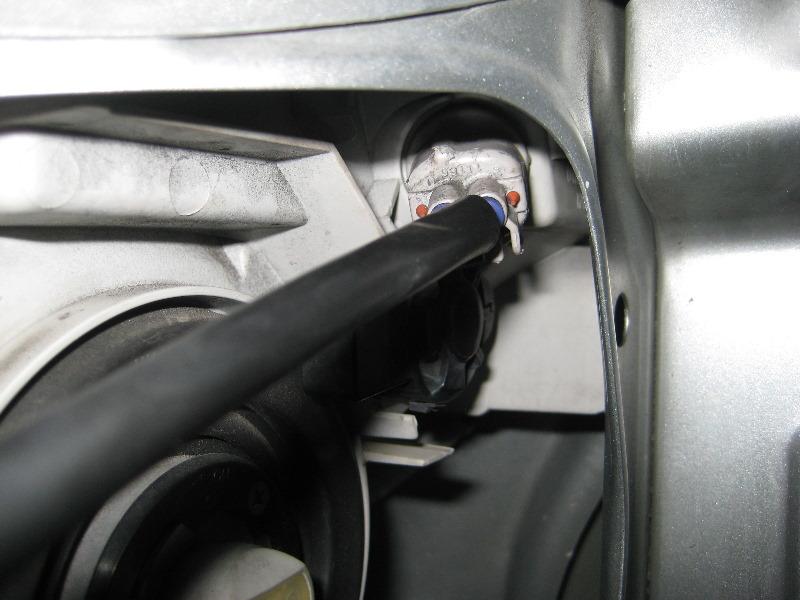 Headlight Replacement Guide : Toyota runner headlight bulbs upcomingcarshq