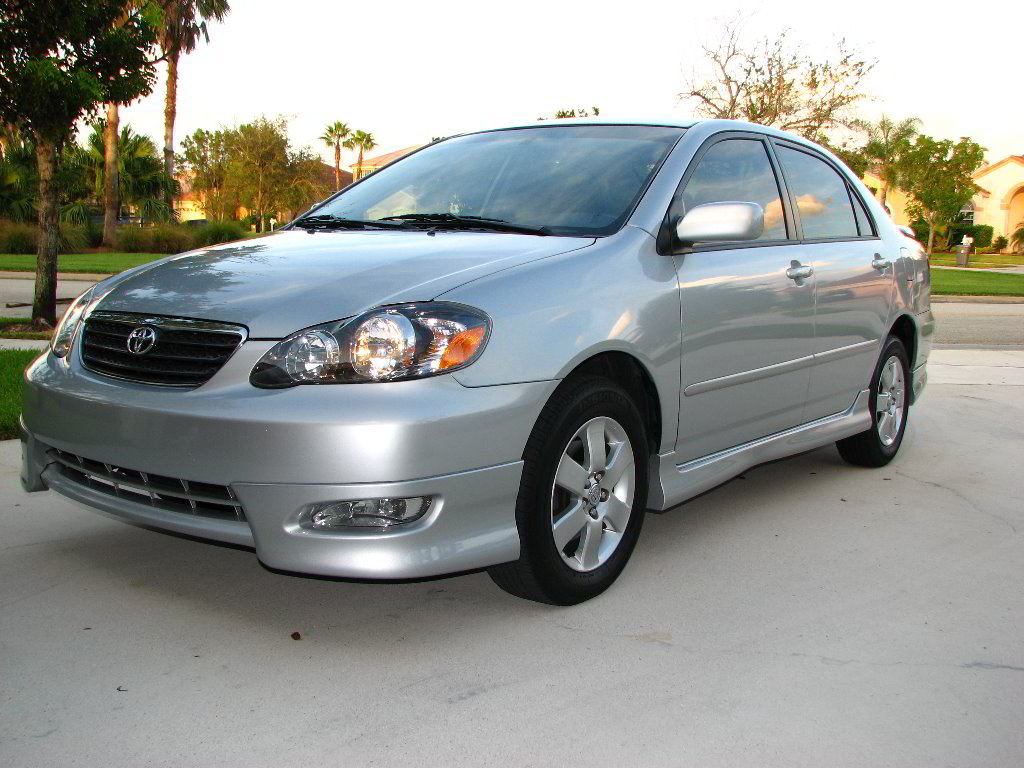 This 2005 toyota corolla is practically brand new inside and out