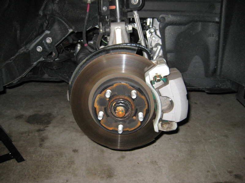 Toyota Prius Front Brake Pads Replacement Guide 012 Car