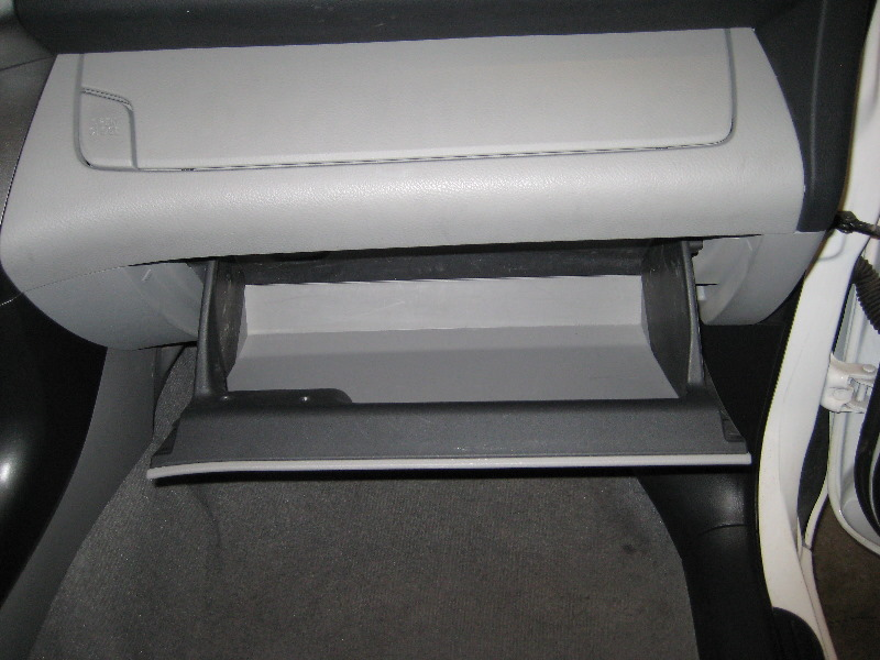 2010 Chevrolet Traverse 2323370 together with RAV4 20Hybrid besides Dodge Ram 1500 Fuel Filter 2006 additionally 2000 Saturn Wiring Diagram together with Toyota Fuel Filter Location. on toyota cabin air filter location