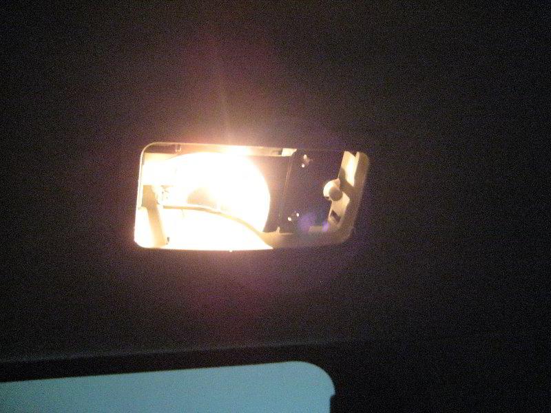 Toyota Sienna Rear Passenger Reading Light Bulbs