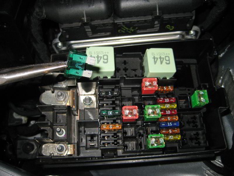 vw jetta 2011 fuse guide