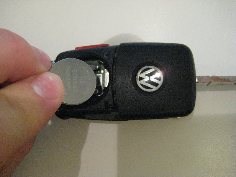 replace volkswagen jetta key battery
