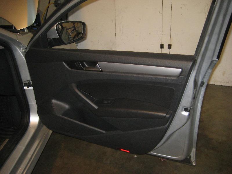 & 2012-2015-VW-Passat-Interior-Door-Panel-Removal-Guide-057