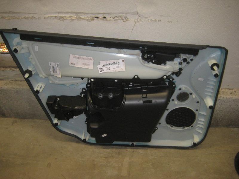 Volvo Xc60 Interior Door Panel Removal Guide 023