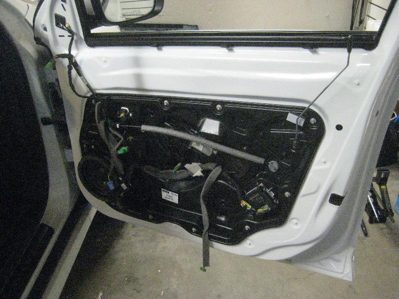 Volvo Xc60 Interior Door Panel Removal Guide 024